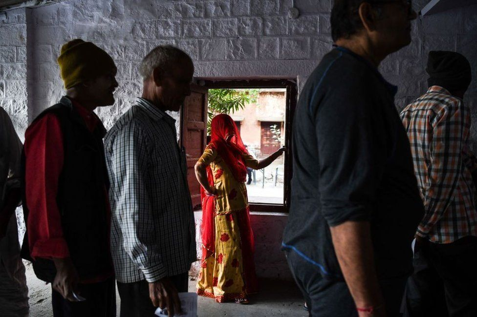 أحد مراكز الاقتراع في الهند