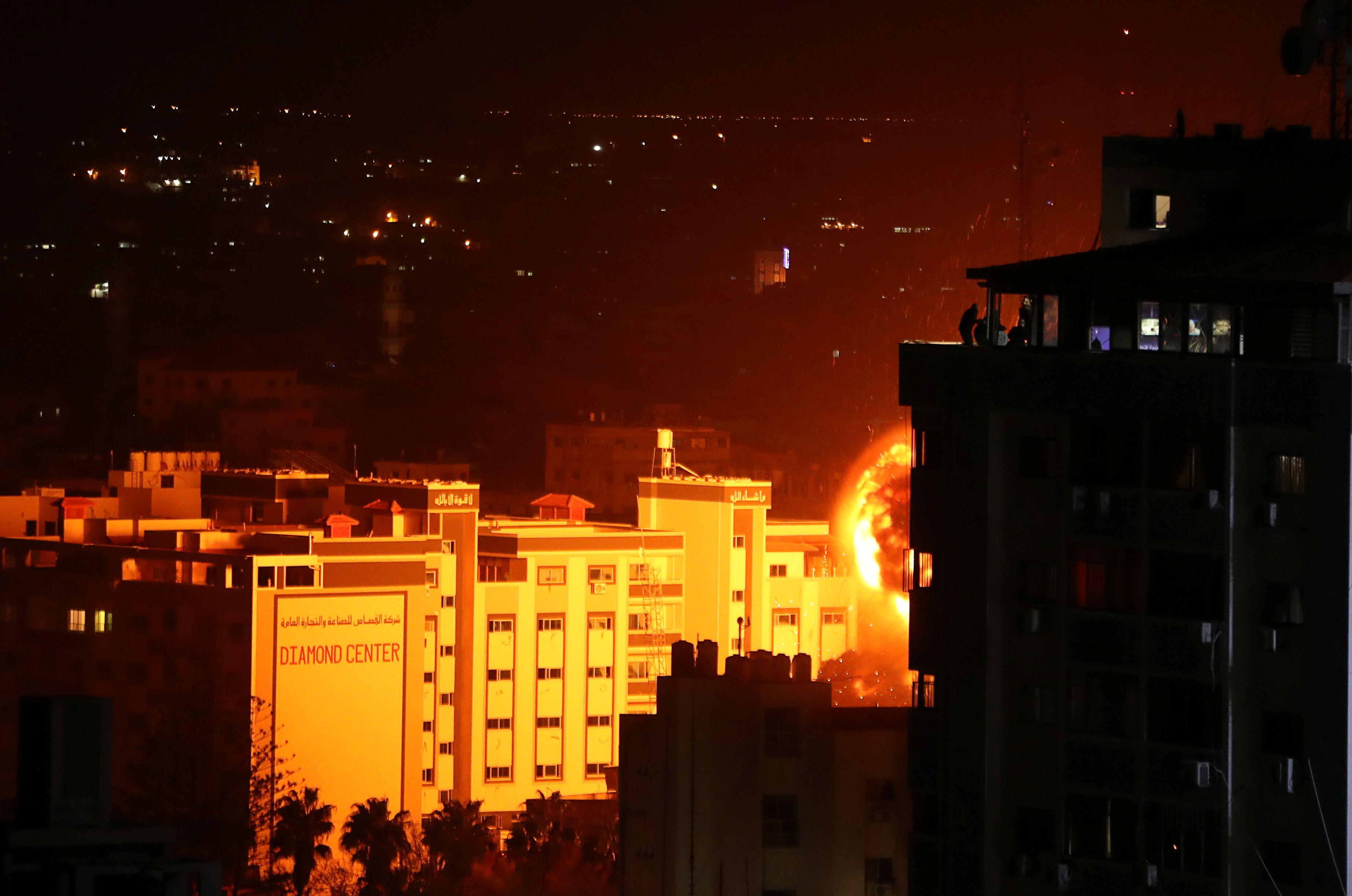 جانب من القصف على غزة