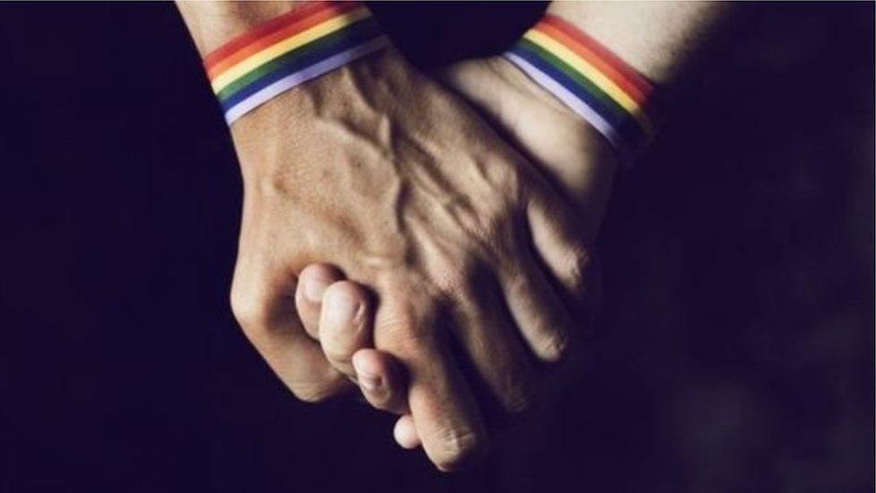 بروناى كانت تجرم المثلية الجنسية بعقوبة السجن لكن الأن ستصل العقوبة إلى الموت رجما
