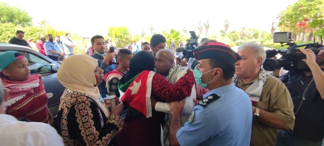 عبد الله نوح أبو جابر لدى وصوله للأردن