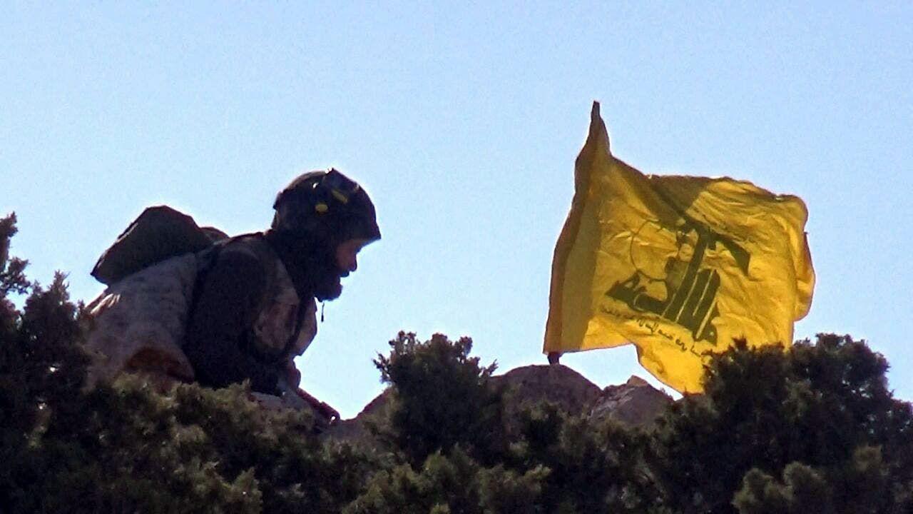 عنصر من حزب الله (أرشيفية- فرانس برس)