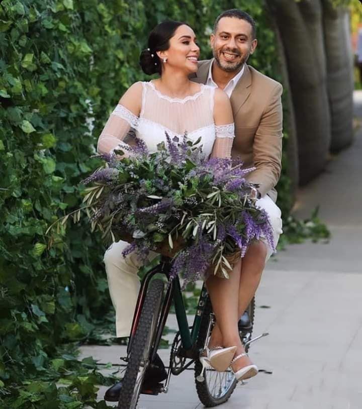 محمد فراج وعروسه بسنت شوقي
