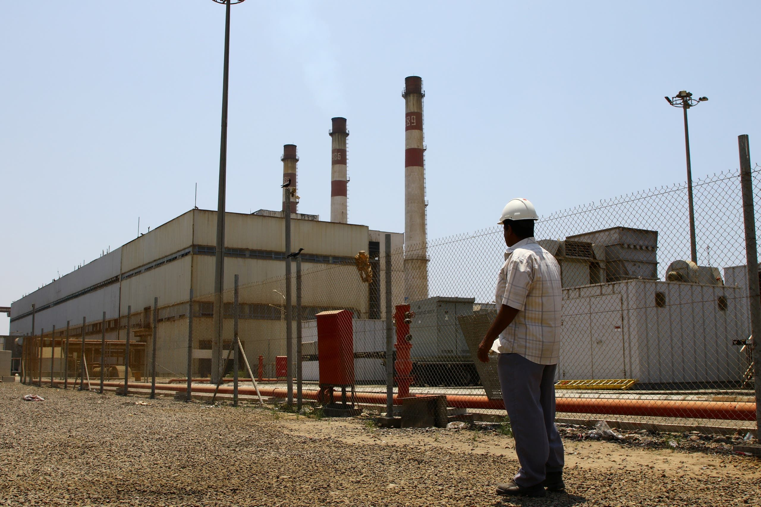 محطة كهرباء في عدن (أرشيفية)