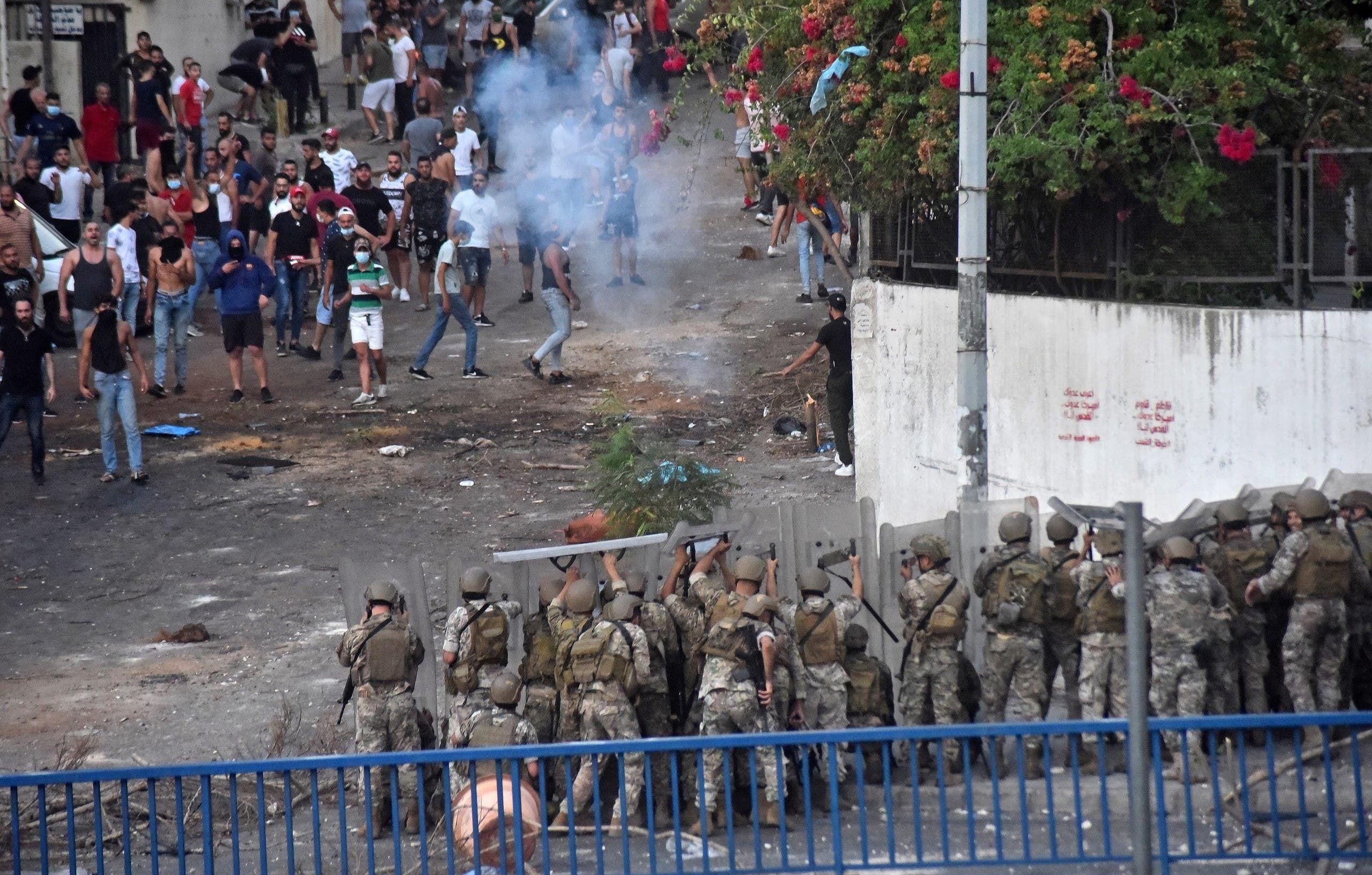 مواجهات في بيروت في 15 يوليو الحالي إثر اعتذار الحريري عن تشكيل الحكومة بسبب خلافات مع عون