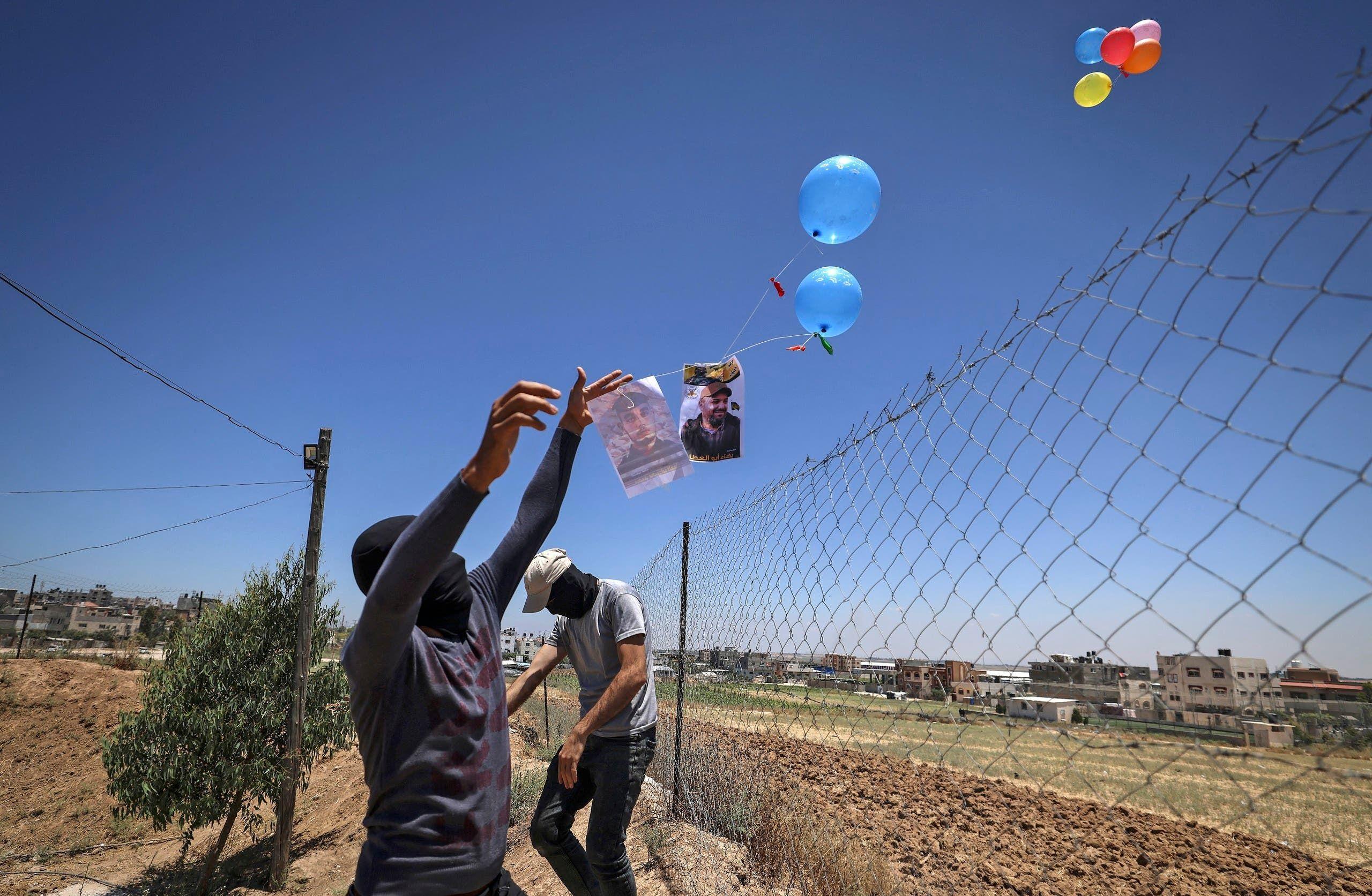 غطلاق بالونات حارقة من غزة (أرشيفية)