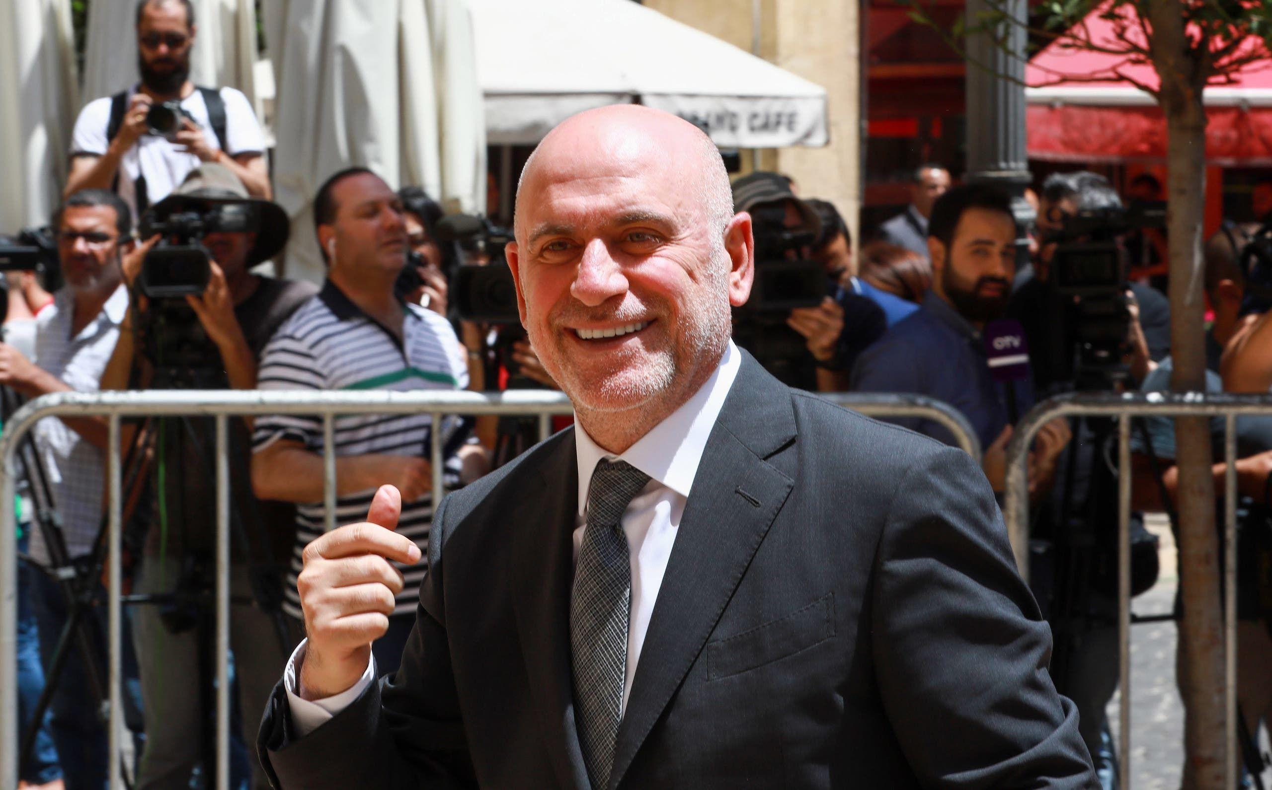 وزير الأشغال اللبناني السابق يوسف فنيانوس (أرشيفية- فرانس برس)
