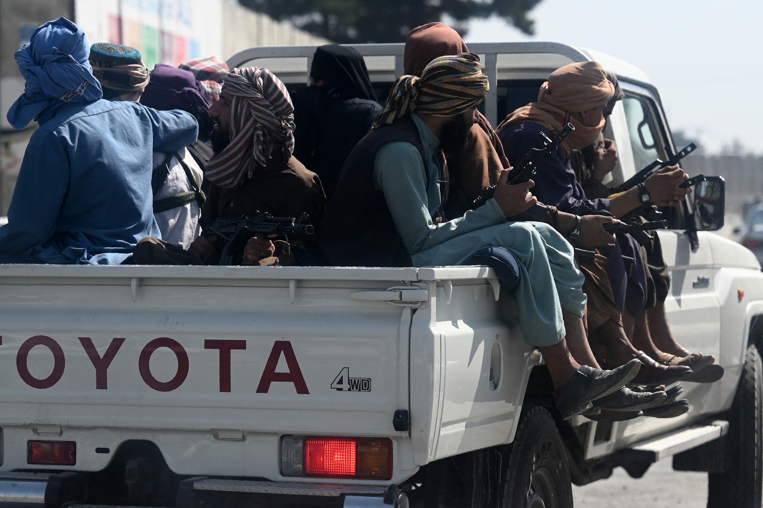 عناصر طالبان في أحد الشوارع في كابل (أرشيفية- فرانس برس)