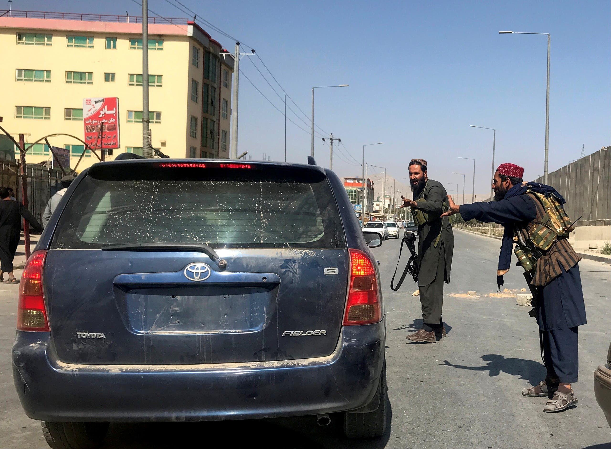 عناصر من طالبان في كابل (أرشيفية من رويترز)