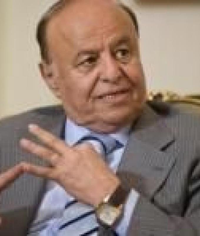 """الرئيس هادي يدشن افتتاح شركة الاتصالات الجديدة """"عدن نت"""" بتقنية الجيل الرابع"""