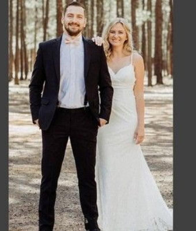 مُفاجأة غير متوقعة تصدم العريس في يوم زفافه!