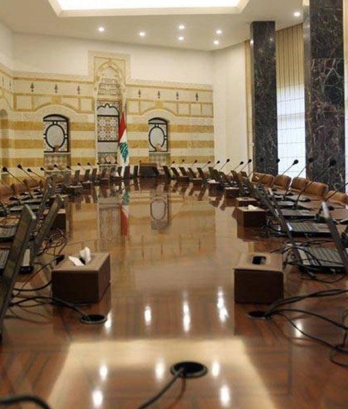 مصادر الحريري تنفي صحة تسريبات التشكيلات المفترضة للحكومة
