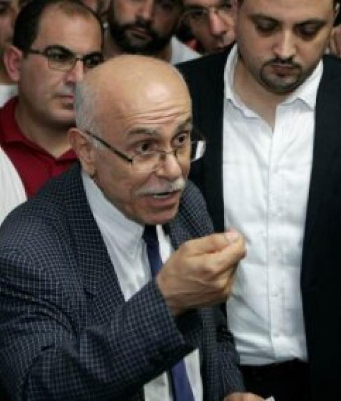 """سقط الإضراب واستقال رئيس """"رابطة الأساتذة"""": ترهيب وإهانات.."""