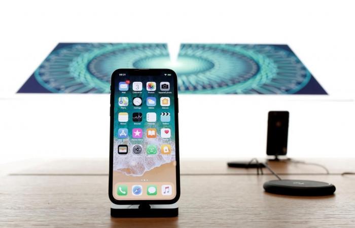 آبل تصنع رقائق الطاقة لهواتف آيفون بحلول 2018