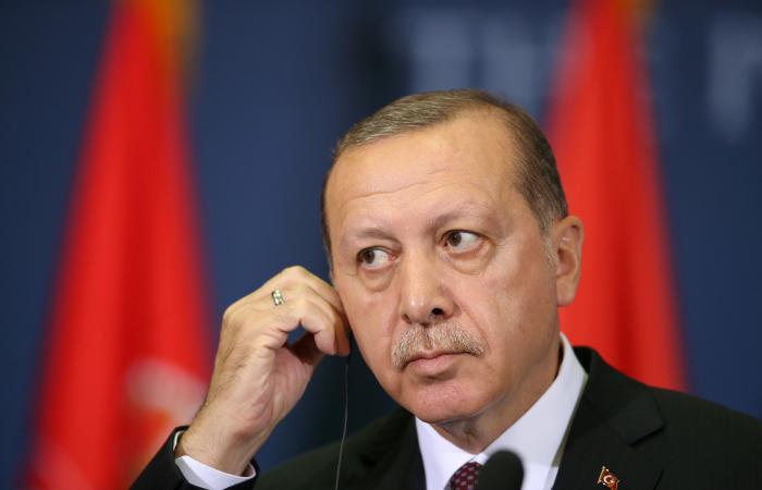 رداً على اتهام أردوغان.. تركيا تلاحق مسؤولاً أميركاً