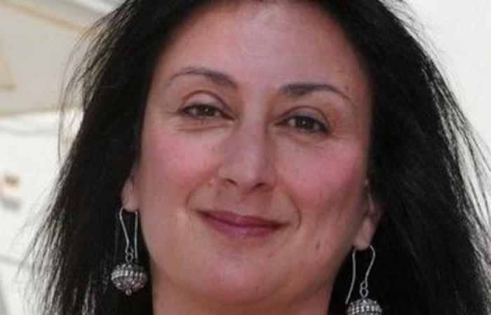 مالطا.. شاهد لحظة اعتقال 10 في قضية قتل صحافية