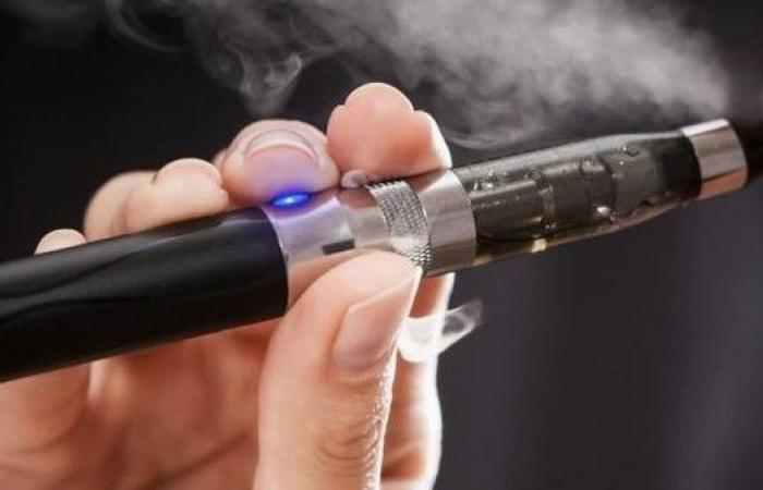 إن لم تستطع التوقف عن التدخين، هل عليك اللجوء إلى السجائر الإلكترونية؟!