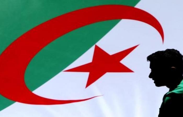 6 قرارات اتخذها اتحاد الكرة الجزائري أثارت الجدل