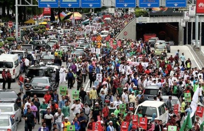 مظاهرات حاشدة في كوالالمبور تنديدا بقرار ترمب حول القدس