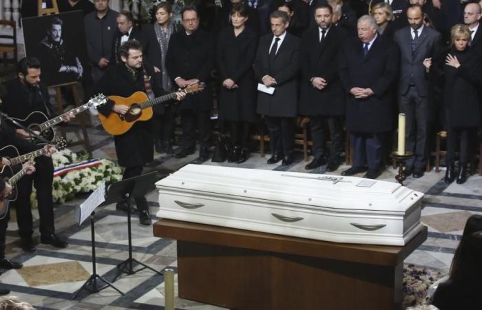 تشييع جنازة المغني هاليداي بحضور الرئيس ماكرون