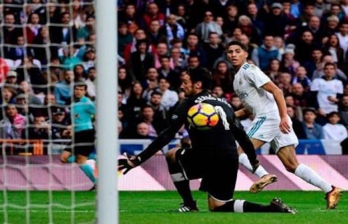 حكيمي يدخل التاريخ...أول لاعب عربي يسجل بقميص ريال مدريد