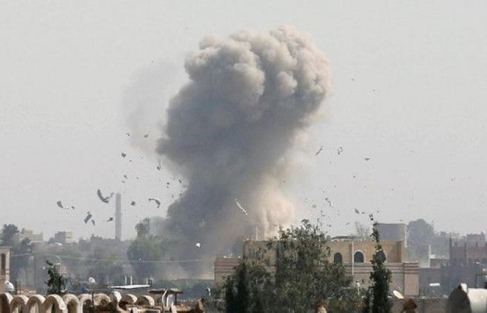 غارات عنيفة للتحالف على مواقع تابعة للانقلابيين بصنعاء