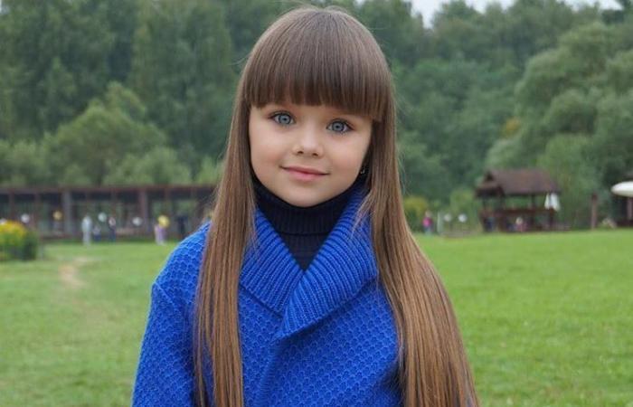 انظر واحكم.. هل هذه أجمل طفلة على الإطلاق؟