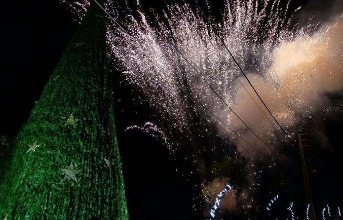 بلدية عبرين أضاءت شجرة الميلاد