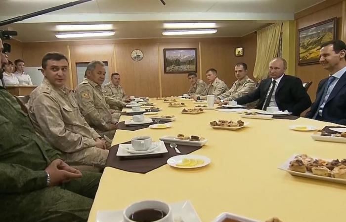 القوات الروسية تبدأ الانسحاب من سوريا بأمر بوتين