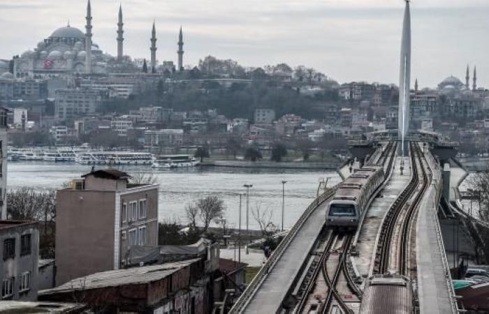 بوصلة السياح الأوروبيين والصينيين تتجه نحو تركيا