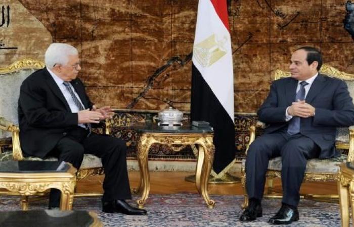 عباس يغادر القاهرة.. والمصالحة الفلسطينية أولوية لدى السيسي