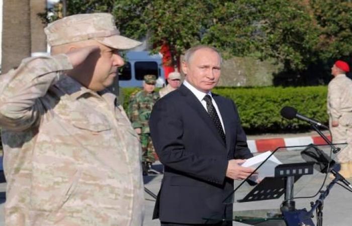 """بوتين في """"قاعدته"""" السورية... الأمر لي"""