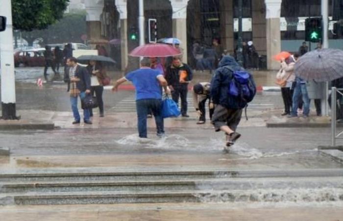 تساقط الأمطار يكشف تردي البنية التحتية في مدن مغربية