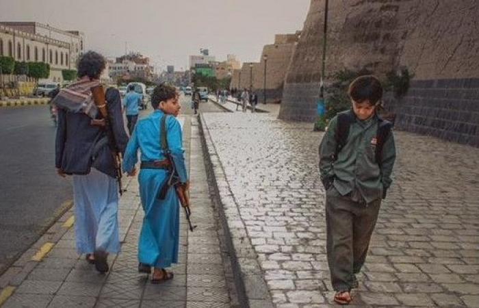 صورة بألف معنى.. هزت مشاعر اليمنيين بمختلف انتماءاتهم