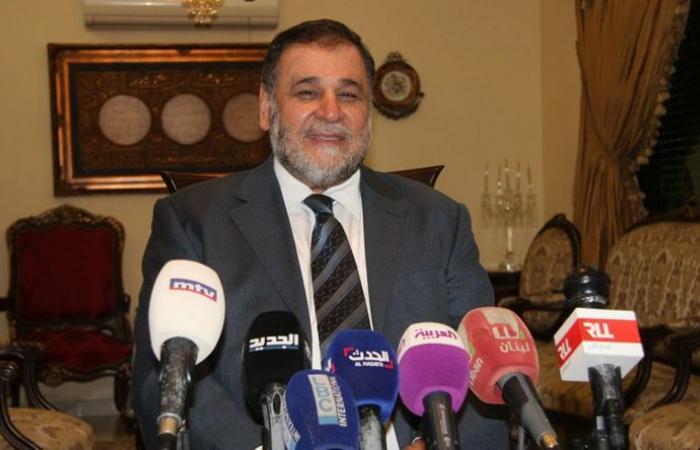 """الضاهر يبق البحصة: الحريري مخطوف ويعيش تحت وهج سلاح """"حزب الله"""""""