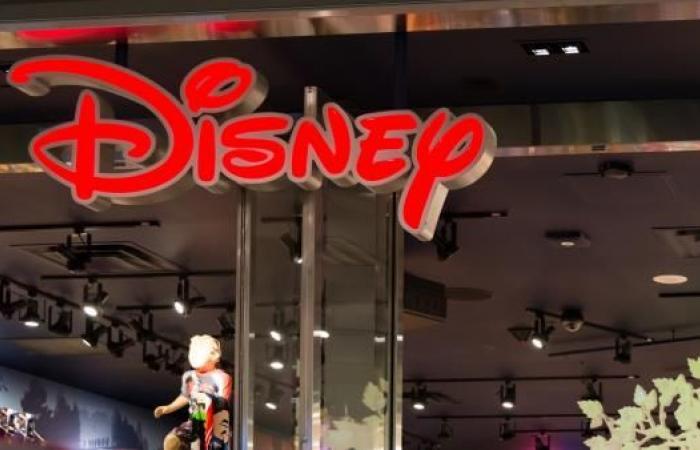 """""""ديزني"""" نحو إنهاء صفقة الاستحواذ على """"فوكس"""" بـ60 مليار دولار"""