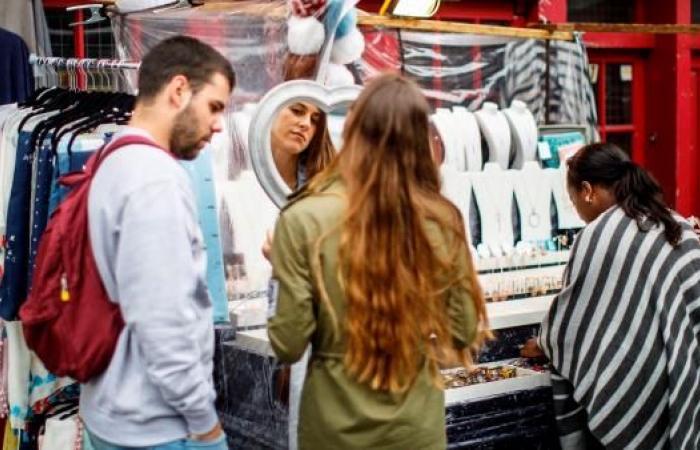 بورتوبيلو... سوق شعبية يقصدها الرؤساء والفنانون