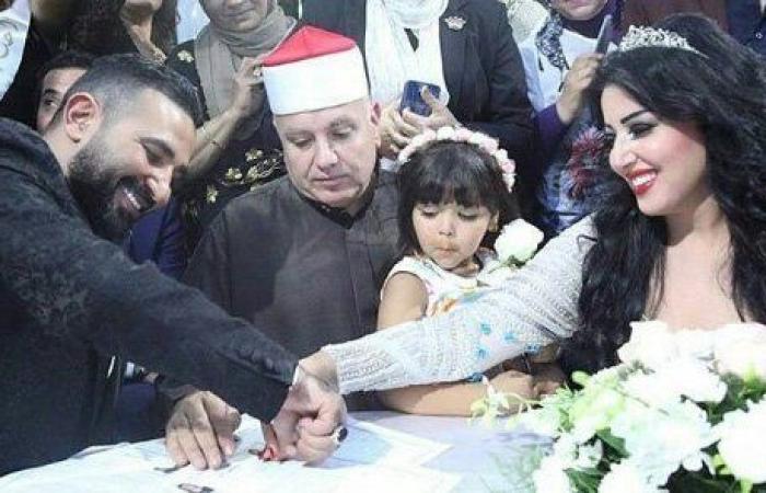 هل فعلاً تمّ الطلاق بين سمية الخشاب وأحمد سعد بعد شهرين على زواجهما؟!