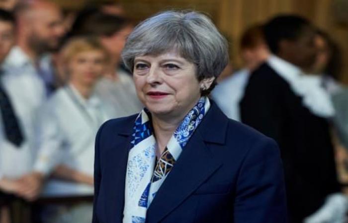 """هزيمة """"محرجة"""" لماي في البرلمان البريطاني تقيد صلاحيات حكومتها"""