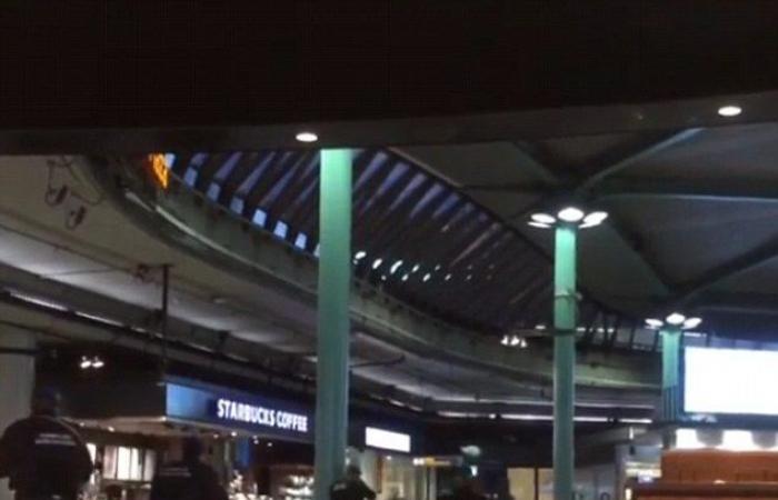 فيديو.. إطلاق نار على شخص يحمل سكيناً بمطار أمستردام
