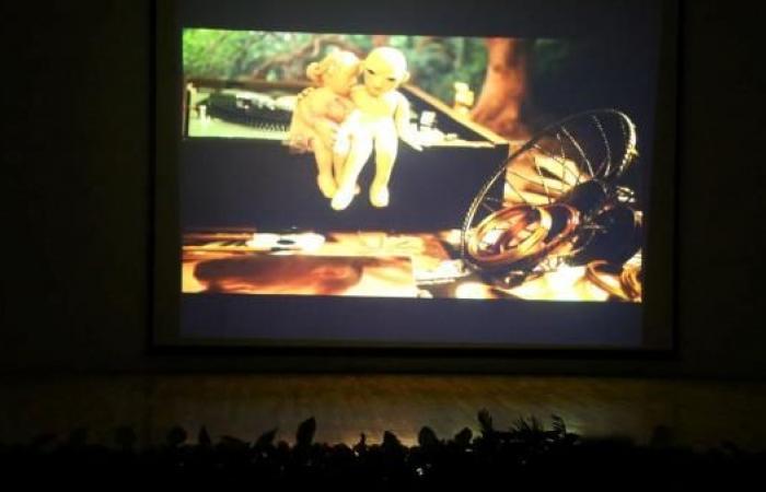 """""""السينمائي للأفلام القصيرة"""": مهرجان ضد المركزية"""