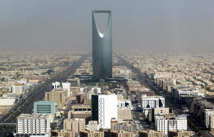 السعودية تصدر تأشيرات سياحية إلكترونية في 2018