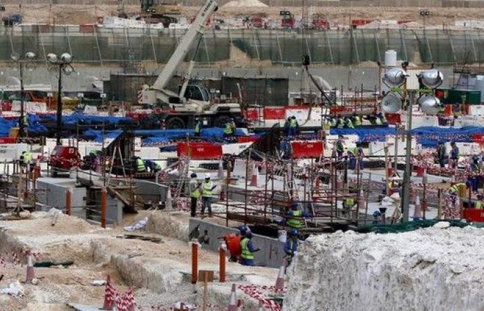 العفو الدولية: عمال ملاعب مونديال قطر يتعرضون للاستغلال