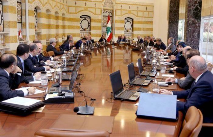 """جلسة لـ""""النفايات""""… آخر جلسات الحكومة لعام 2017"""