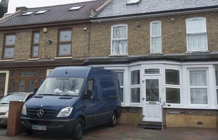 بريطاني يخسر منزله بسبب 7 سنتيمترات.. وهذه التفاصيل