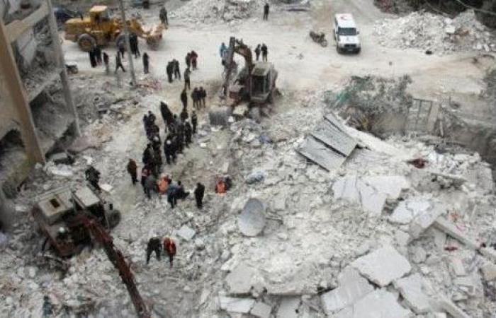 """مقتل 19 مدنياً بينهم 7 أطفال في قصف """"روسي"""" على إدلب"""