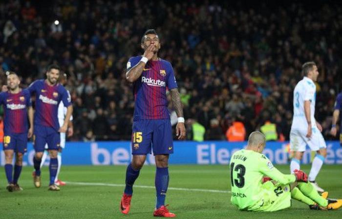 صفقة برشلونة الغريبة تخطف الأنظار في إسبانيا