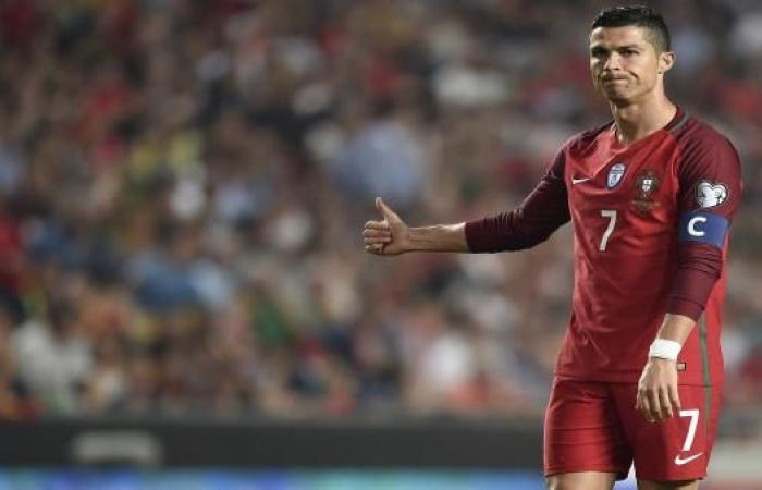 """رونالدو يستضيف منتخباً عربياً في """"سهرة رمضانية"""""""