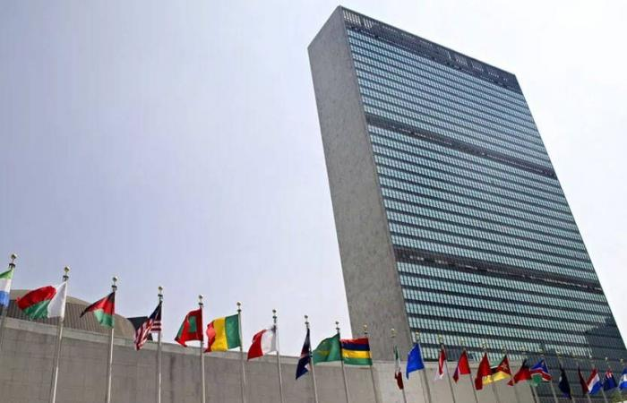 """لبنان في عين الرصد الدولي… التزام """"النأي بالنفس"""" شرط المساعدات الدولية؟"""