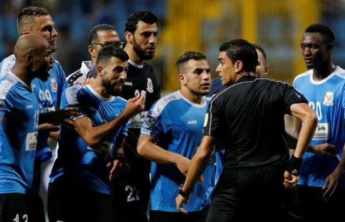 فيفا يوقف لاعبي الفيصلي ويعمم عقوباتهم