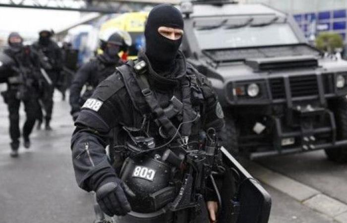 فرنسا.. نشر نحو 100 ألف عنصر أمن خلال عيد الميلاد